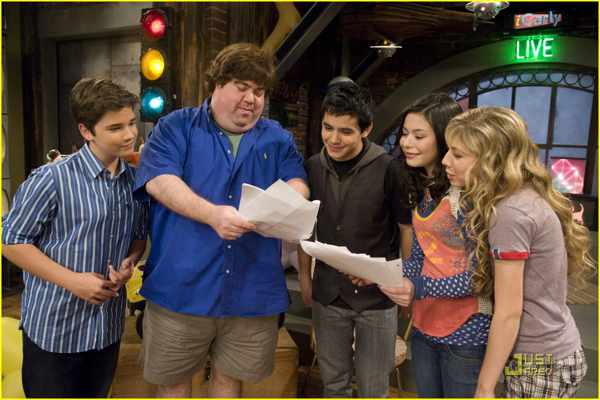 I Carly Episodes: David Archuleta Tour Info OVERLOAD! Odds And Ends!