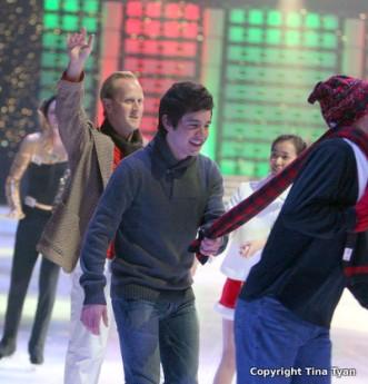 kaleidscope-david-archuleta-skating-scarf