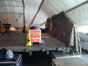 Jason Hewlitt blog 7-23-2014 7.jpg Stage built for them in 2days