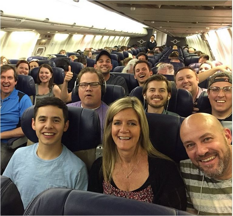 David and the Nashville tribute Band on a plane credit Jason Deere