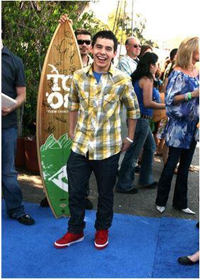 David 2008 teen choice surfboard