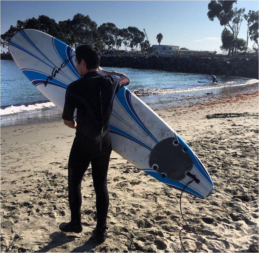surfing Credit David Archuleta IG