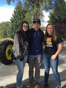 david archuleta and the girls tractor credit shelley Fans of David