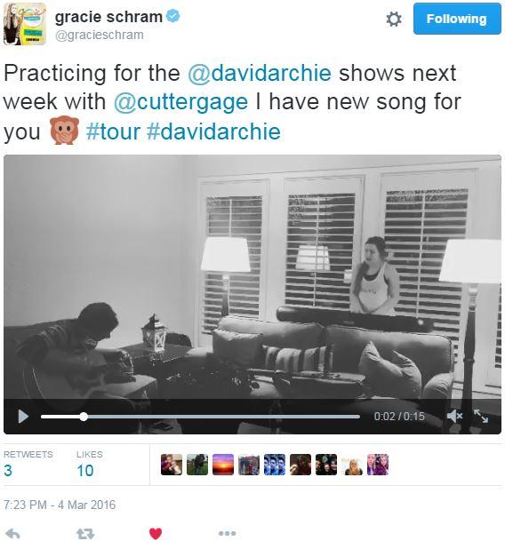 Tweet Gracie Schram lagu baru untuk Denver