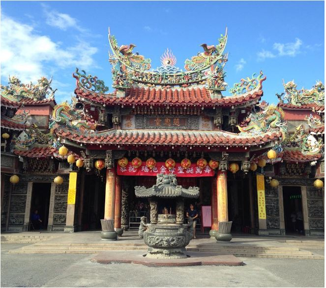 Davdi Archuleta Instagram Taiwan buddhist Temple