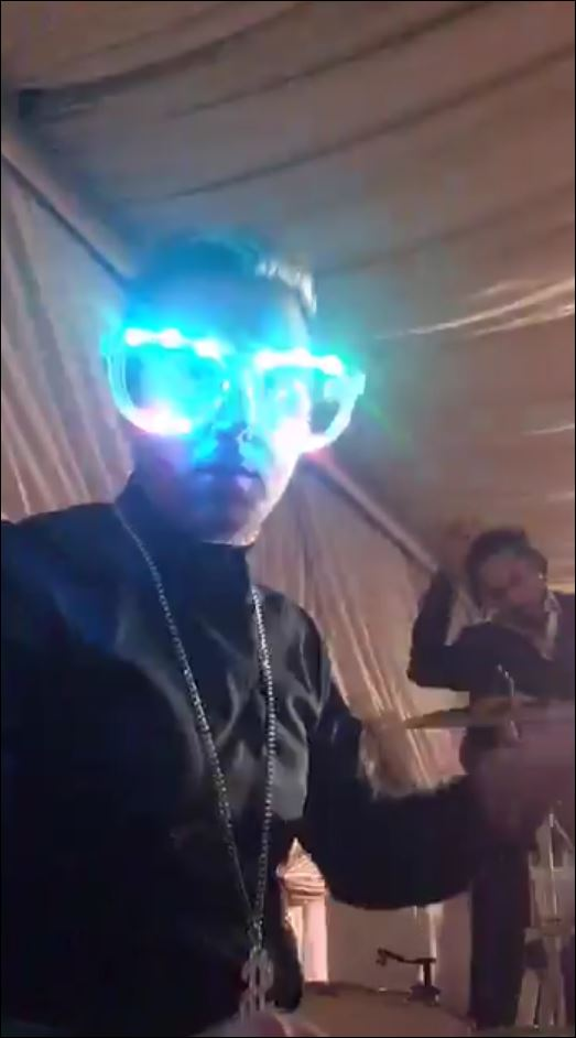 bobby-glasses-flashy