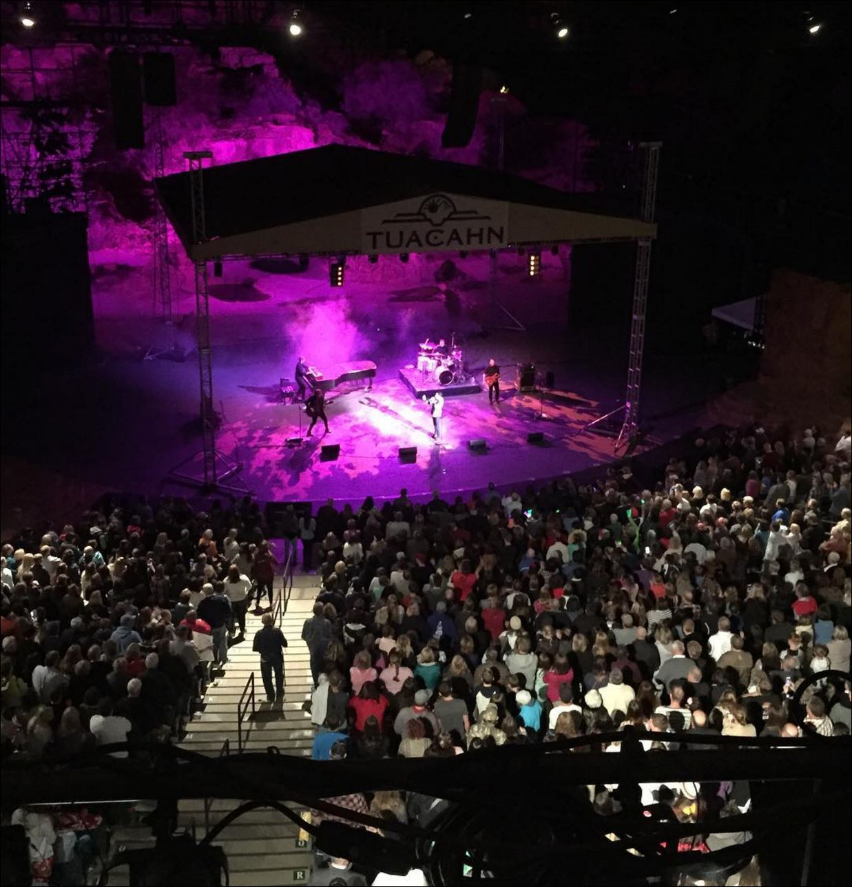 view-of-tuacahn-stage-concert-night