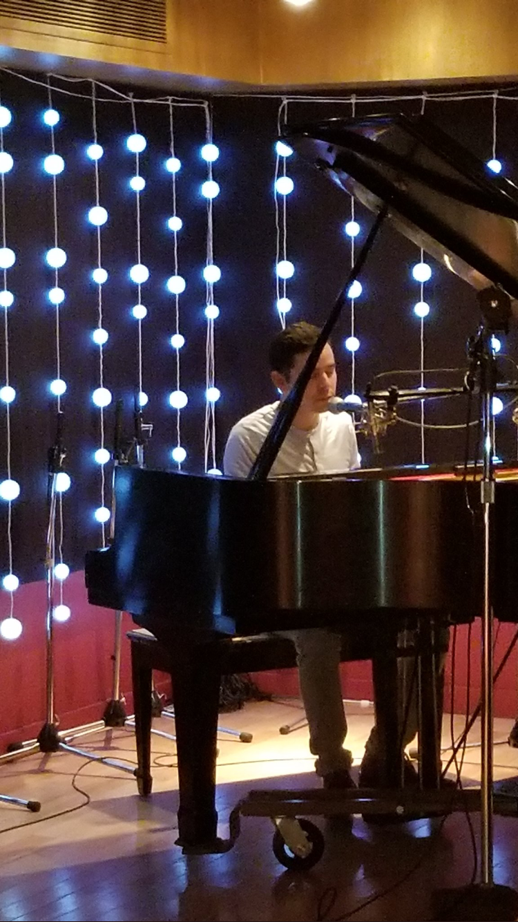 David Archuleta plays at the piano at the CD listening party at the Orange Lounge Music Studio in Toronto on August 16, 2017. The Listening Party was hosted by CymbaMusic Publishing.                Credit @whatnowtracy on Twitter