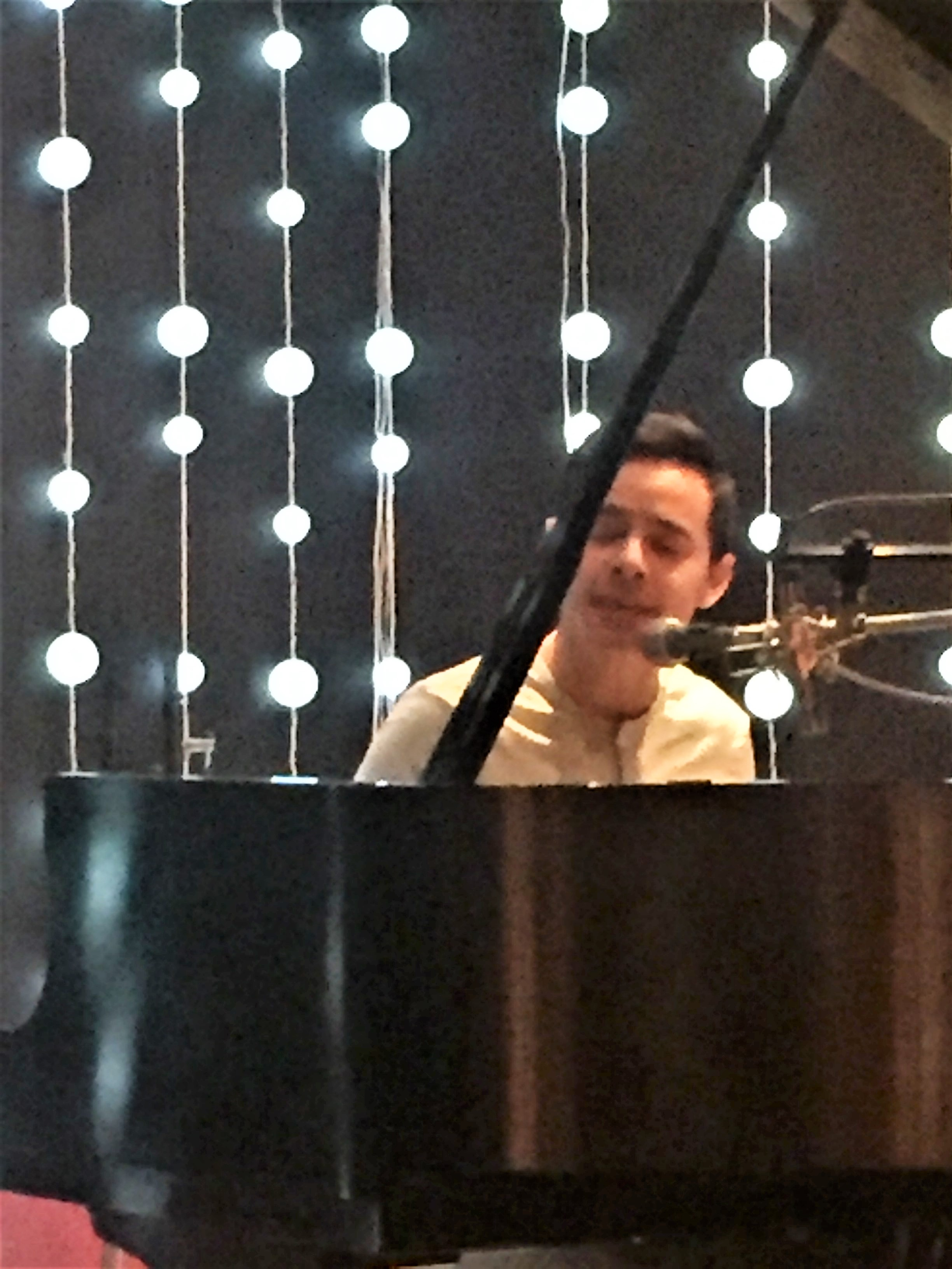 Close up of David Archuleta at the piano singing I'm Ready at the CymbaMusic Publishing Listening Party Aug 2017 - Credit Mary Lou Sinclair