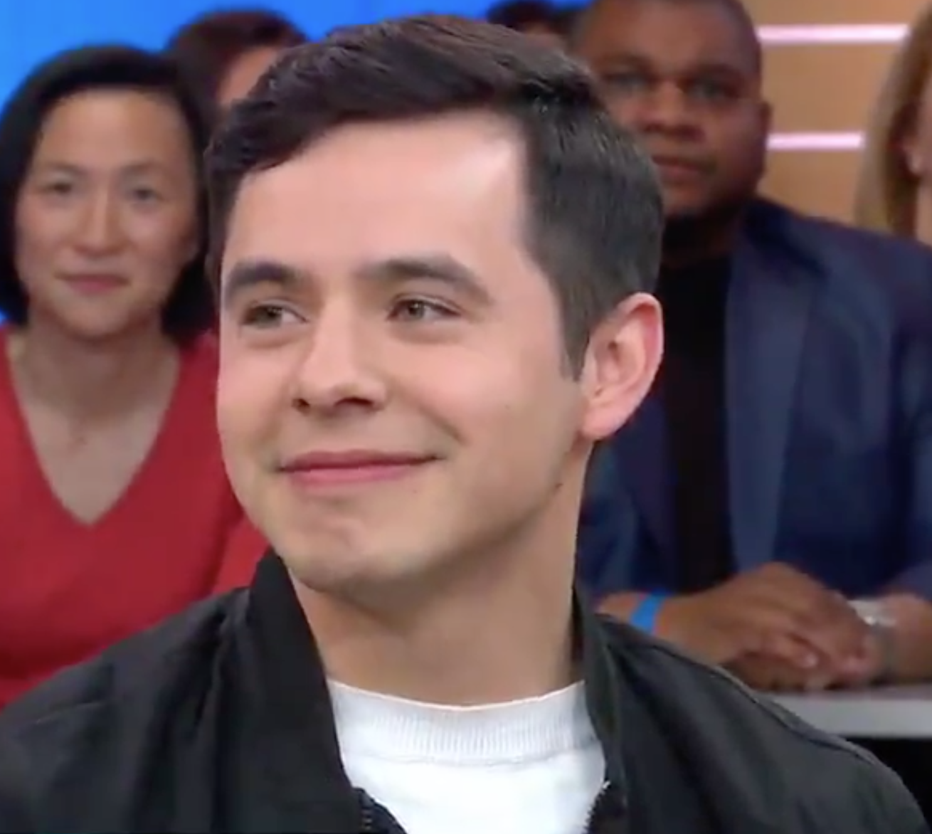 David Archuleta GMA screencap 1