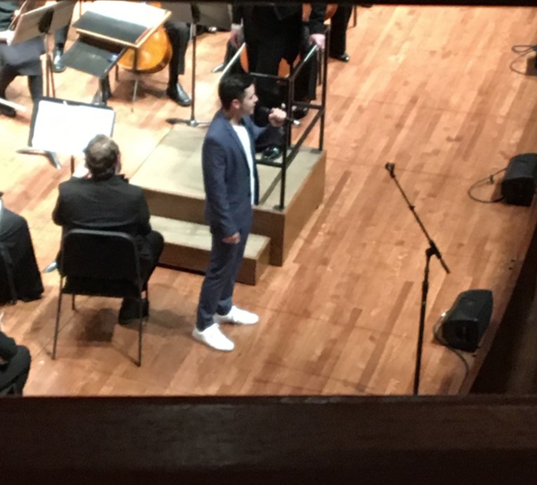 David Archuleta-Seattle-Ensign Symphony and chorus credit Tina-@himinee